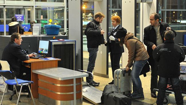 Минтранс РФ намерен отменить предполетный досмотр пассажиров