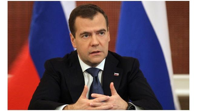 Медведев обозначил условия переговоров по цене на газ с Украиной