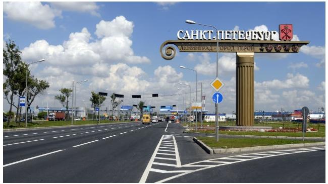 Из-за строительства развязки ограничено движение по Пулковскому шоссе