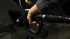 Правительство начинает налоговый маневр в нефтяной отрасли