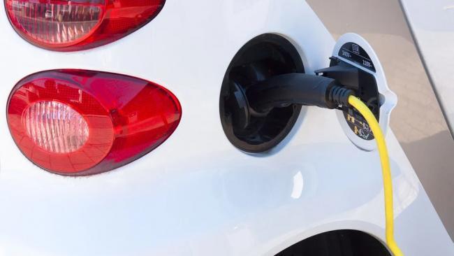 В России появится три бюджетных электромобиля