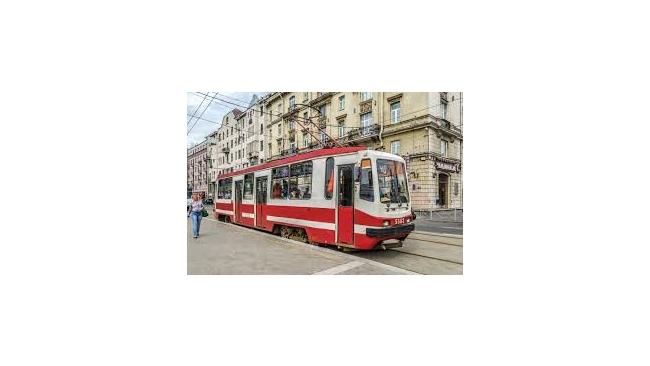 Трамвайные пути в Петербурге отремонтируют за 700 млн руб