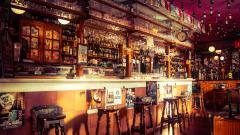 В Англии с 4 июля возобновят работу пабы и рестораны