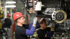В январе производство автомобилей в Петербурге выросло в 2,4 раза