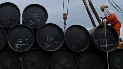 Стоимость нефти Brent двигается к $63 за баррель