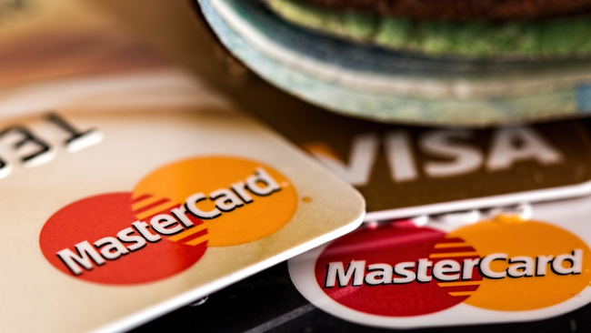 Банки усилят контроль за хищением средств с кредитных карт
