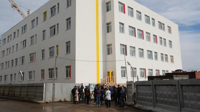 Новая школа в Ленсоветовском может принять детей весной 2021 года