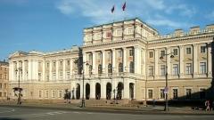 Петербургских чиновников обяжут публично отчитываться о доходах и расходах