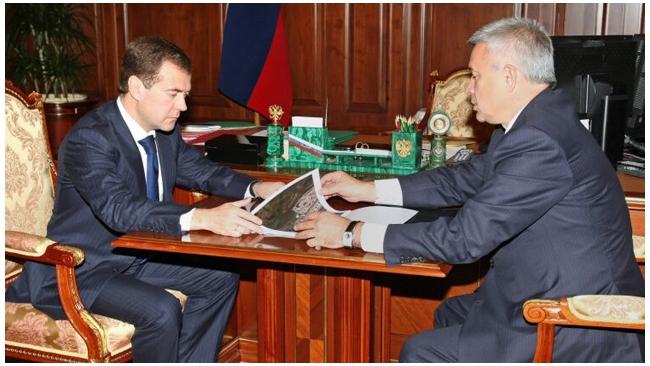 Президент ЛУКОЙЛа Вагит Алекперов докупил акций компании на 165 млн рублей