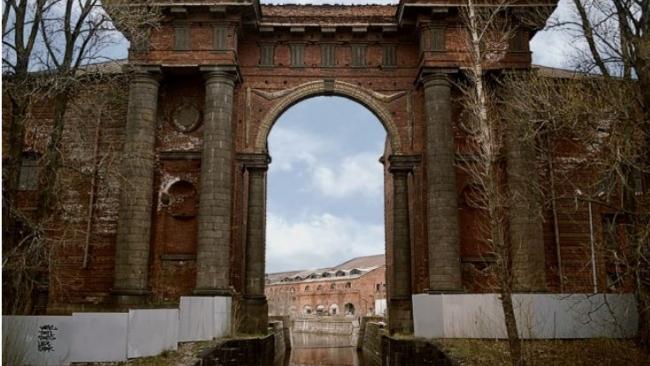 """В """"Новой Голландии"""" закончили консервировать первый объект культурного наследия"""