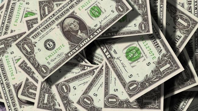 Курс доллара упадет ниже 64 рублей впервые с августа