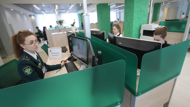 """По 35 тысяч таможенных деклараций предоставлены """"антивирусные"""" льготы"""