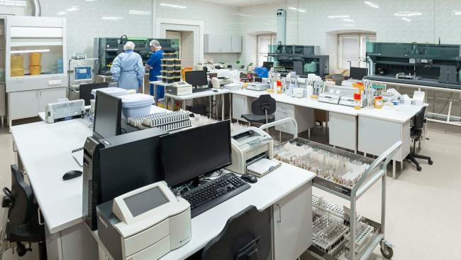 За сутки коронавирусом в РФ заболело 5842 человека