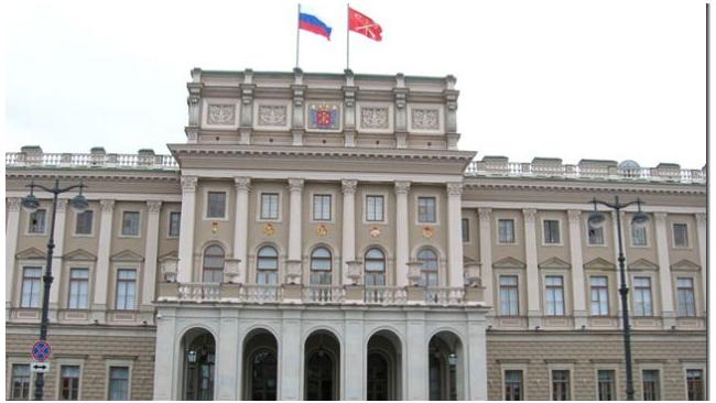 Петербургский ЗакС одобрил сокращение бюджета на 2015 год