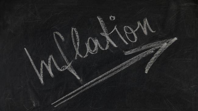 Уровень инфляции в апреле сохранился на уровне 2,4%