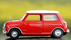 В России цены на авто подскочили до 1,33 млн. руб. за машину
