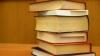 Учителя пожаловались ФАС на рост цен на учебники на 70%