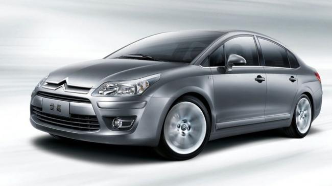 Citroen в 2013 году начнет выпускать свой новый седан в Калуге