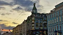 Петербург введет региональные меры поддержки подкошенной вирусом туротрасли