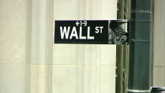 Биржа NASDAQ обвалилась впервые с августа 2011 года