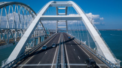 За сутки по Крымскому мосту проехало 36 тысяч автомобилей