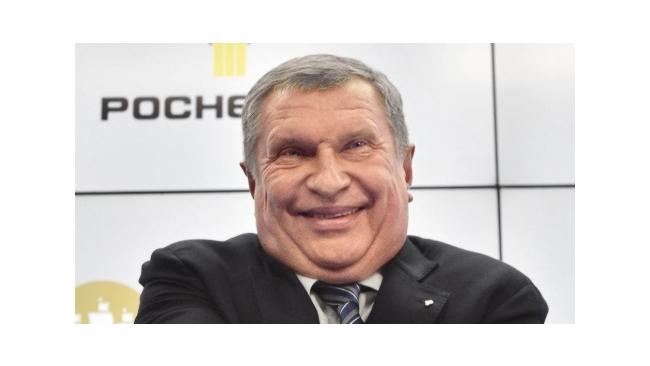 Сечин: рост цен на нефть связан с девальвацией рубля