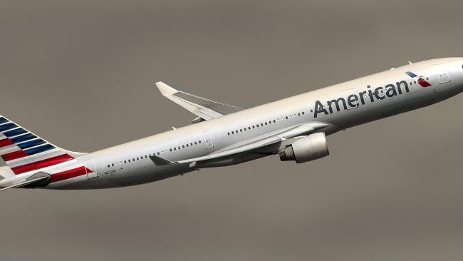 Авиакомпания American Airlines продлила приостановку полетов в КНР до 24 апреля