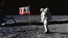 Американские астронавты отправятся на Луну в 2024 году