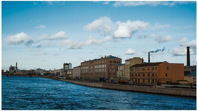 Петербург стал первым в рейтинге промышленных центров России