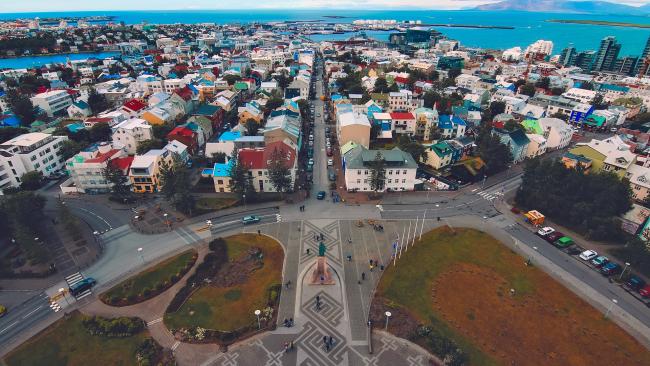 Исландцам не хватает электричества из-за майнинга криптовалют