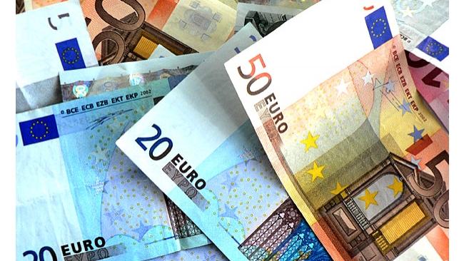 Еврогруппа одобрила вступление Литвы в зону евро
