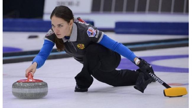 Российская сборная по керлингу одержала победу в первой игре на Олимпиаде