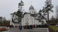 Смольный выделил землю под строительство уже готовой церкви
