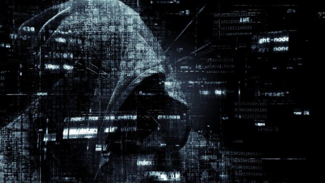 В прошлом году хакеры ограбили россиян почти на миллиард рублей