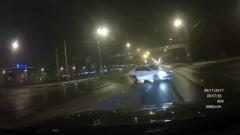 Жесткое ДТП на Петергофском шоссе в Петербурге сняли на видео