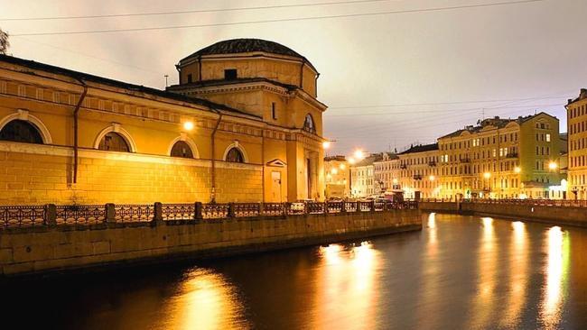 В Петербурге пройдет капремонт участка набережной Мойки возле Конюшенного ведомства