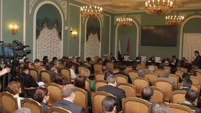 Губернатор Петербурга лично займется охраной памятников
