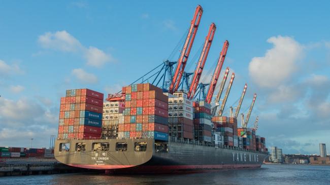 Правительство РФ проработает упрощение валютного контроля при экспорте