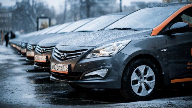 ЗакС подал запрос на статистику ДТП с участием каршеринговых автомобилей