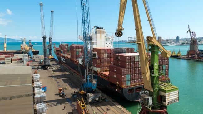 Морские порты РФ по итогам 7 месяцев впервые за 24 года снизили грузооборот