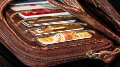 НБКИ: Банки РФ в 3-м кв. на 24% сократили выдачу кредитных карт