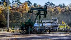 Нефтяные котировки обновили минимум - цена фьючерсов Brent упала ниже $62 за баррель
