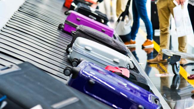 В Госдуме предложили увеличить штрафы за задержку багажа в десять раз