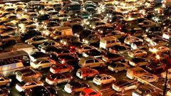В Петербурге продажи автомобилей в 2016 году снизились на 4%