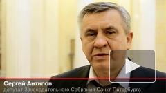 Дети и депутат довели реновацию до губернатора Петербурга