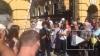 Савченко устроила митинг у здания администрации Порошенк...