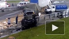 В Петербурге столкнулись военные грузовики видео