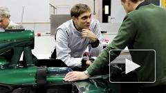 Гонщик Виталий Петров: Формуле-1 в России не хватает трасс и денег