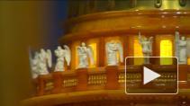 Выставка предметов из янтаря в часовне Спаса-на-Крови. ...