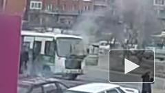 Автобус в Карелии вспыхнул на ходу